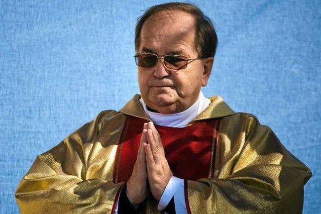 – Mnie, jako katolika, prawo nie obowiązuje – mawia często o. Rydzyk.