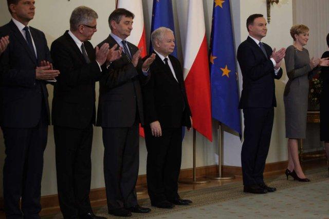 Andrzej Duda złożył hołd lenny Jarosławowi Kaczyńskiemu.