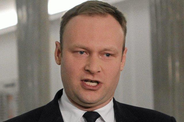 """Marcin Mastalerek oświadczył, że gdyby to zależało od PiS, pigułki """"dzień po"""" nie byłyby dopuszczone do użytku"""