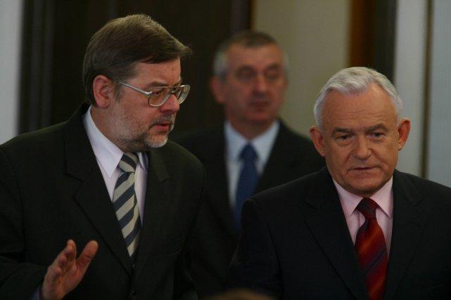 Leszek Miller przed komisją badającą aferę Rywina (2003 r.)