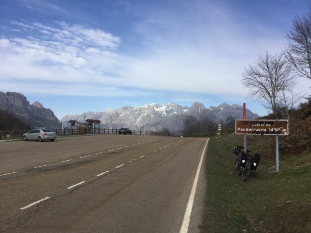 The Picos de Europa on bicycle