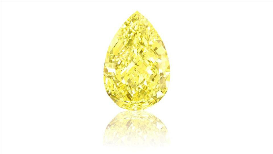 why yellow diamonds are
