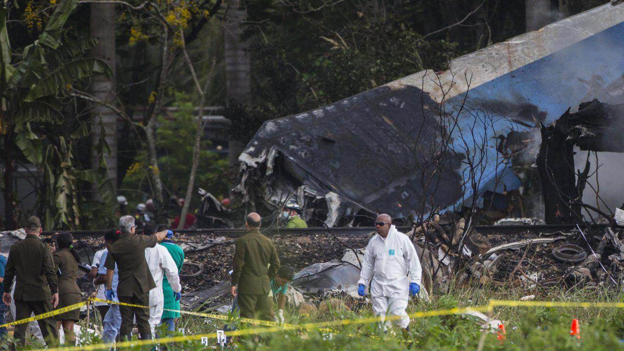 Resultado de imagen para Boeing 737-200 air crash global air