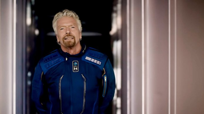 Richard Branson Plans Virgin Galactic Space Trip Before Jeff Bezos - WSJ