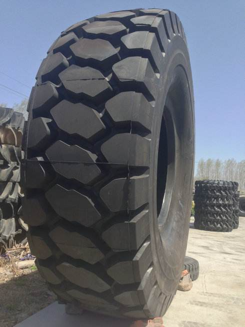 Giant Tires For Sale : giant, tires, China, Different, Sizes, Patterns, Steel, Radial, Giant, Tires, Manufacturers, Suppliers, Factory, Qingdao