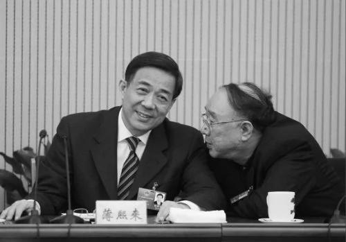"""黄奇帆被称为薄熙来的""""阿黄""""(网络图片)"""