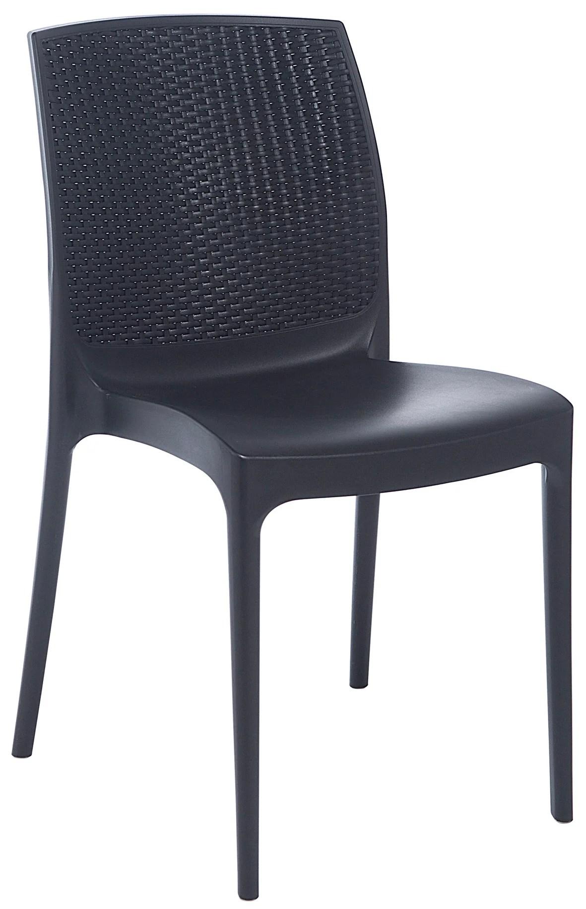 chaise de jardin en resine tressee