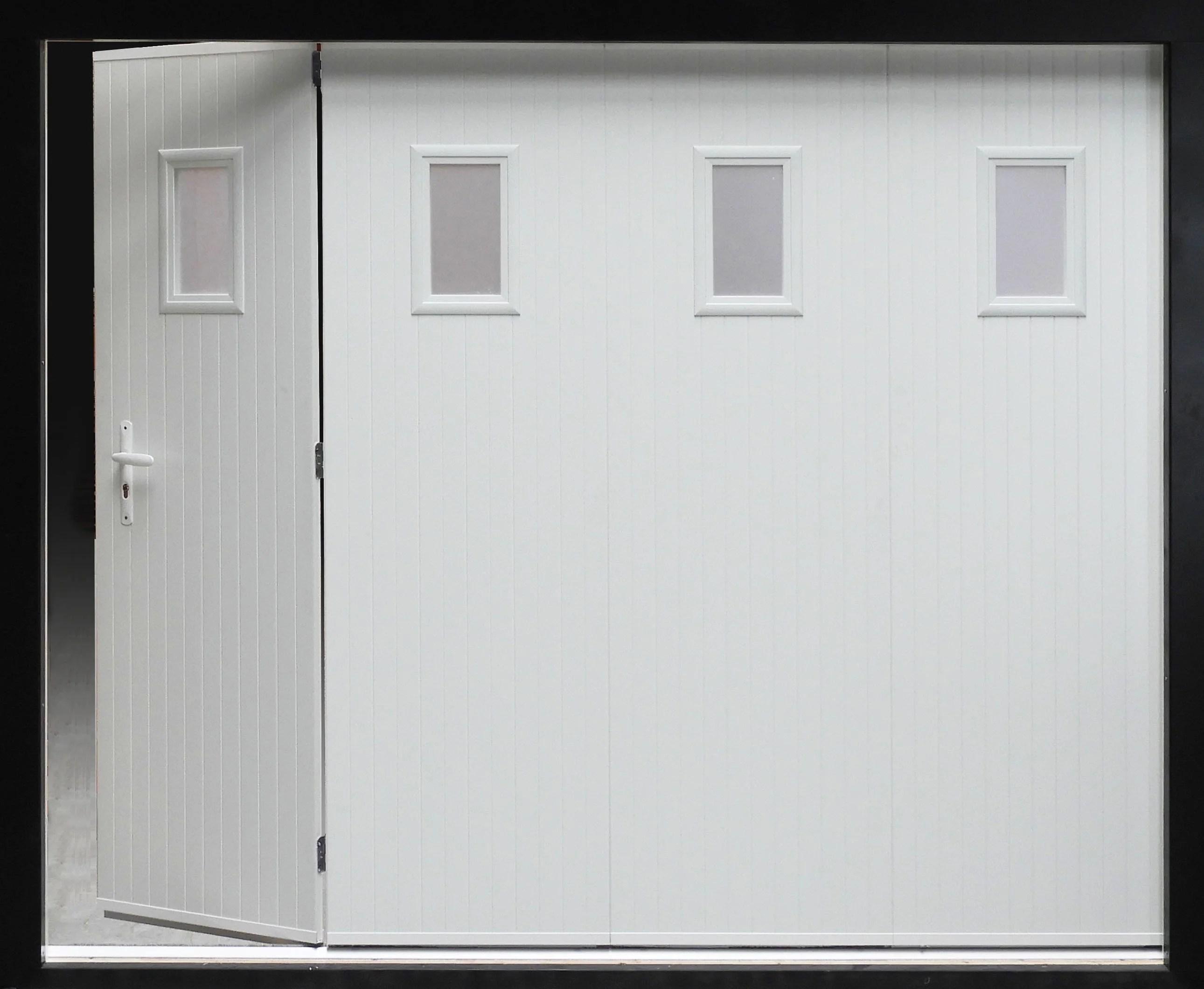Porte De Garage Coulissante Manuelle Artens H 200 X L 240 Cm Avec Hublot Leroy Merlin
