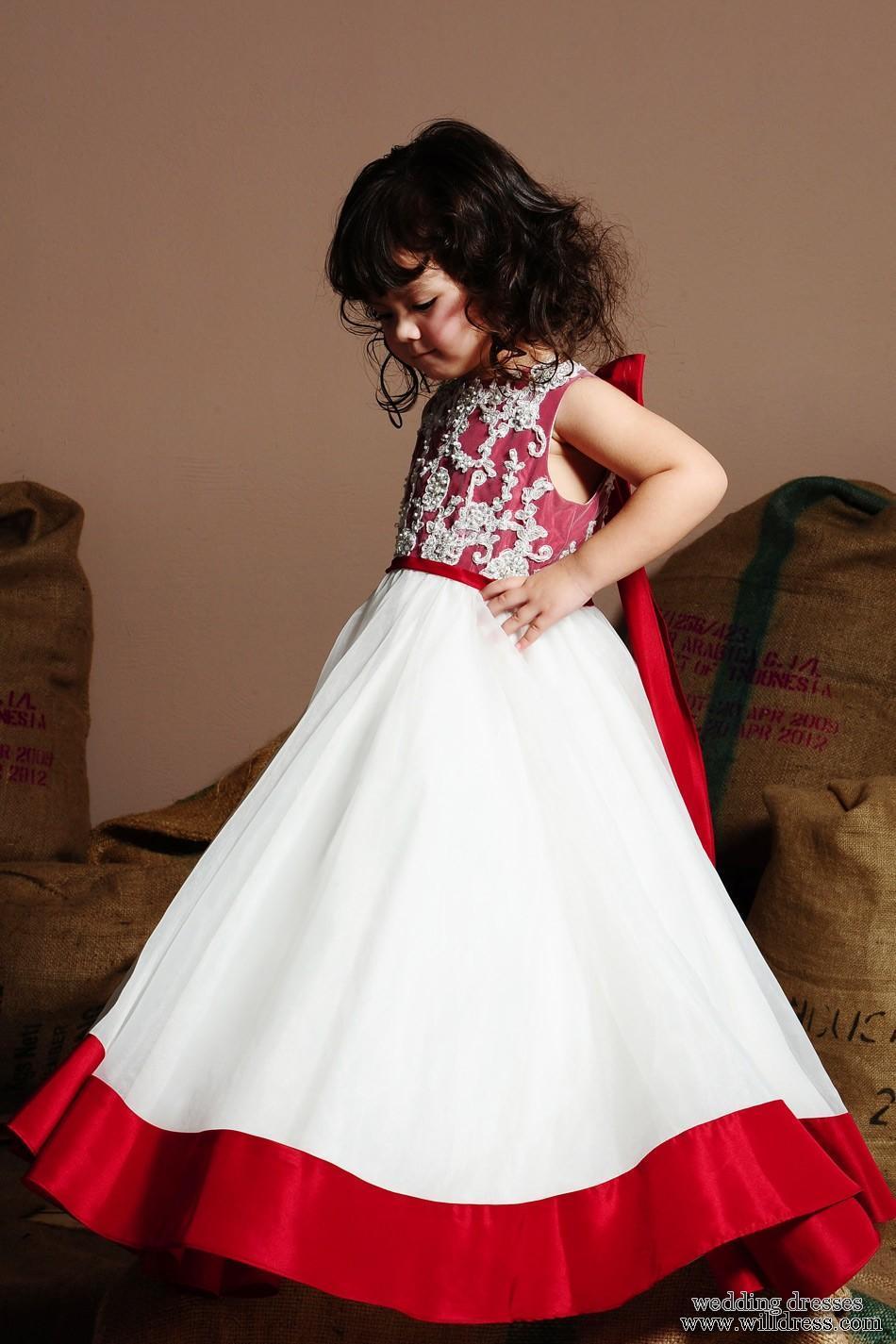 Fotos de vestidos para nias Cortejo de bodas  Paperblog