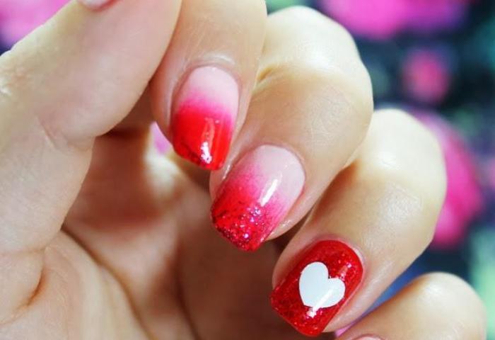 Uñas Decoradas Con Corazones Manicura De San Valentín Paperblog