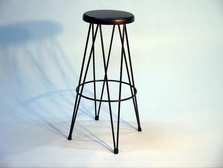 Mesas metlicas y sillas thonet de estilo clsico para