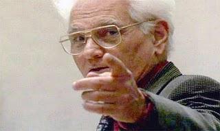"""Derrida: """"La estructura, el signo y el juego"""". Manifiesto contra el estructuralismo"""