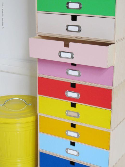 Ikea Hack Pintar de colores los cajones de varios