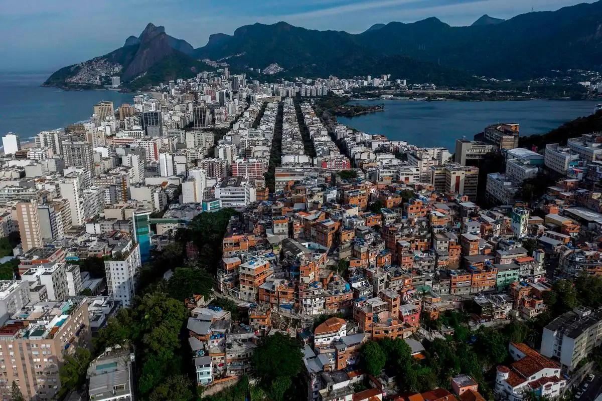 Noir et pauvre, le Nord-Est du Brésil secoué par le coronavirus