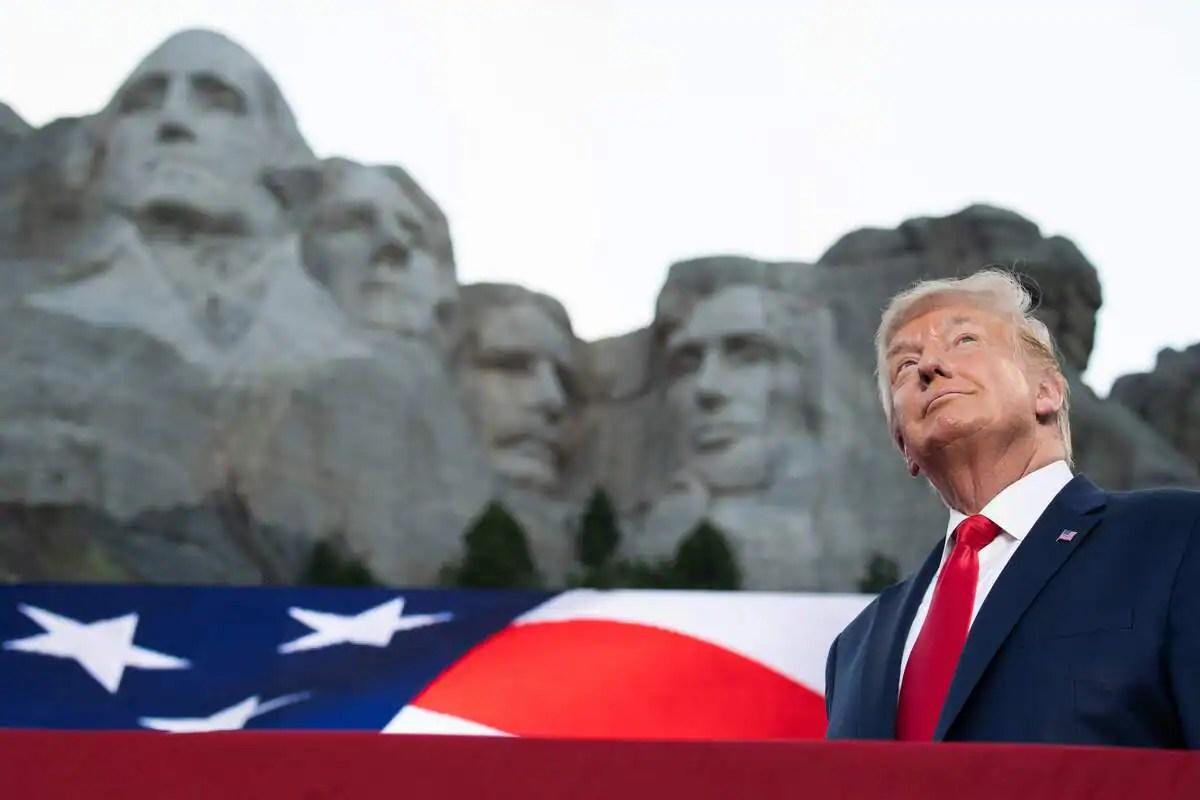 Donald Trump sur le mont Rushmore