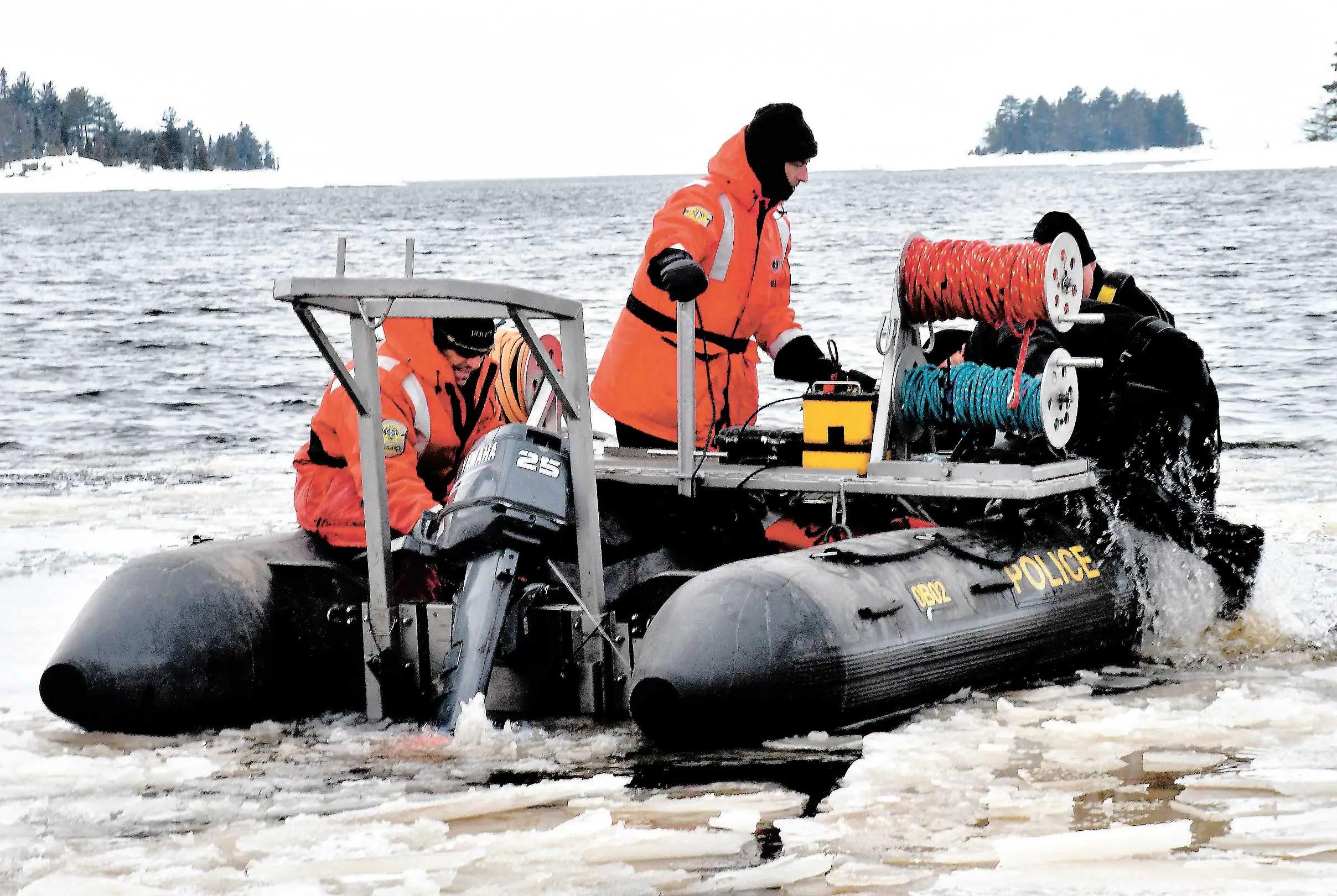 Lac-Saint-Jean: reprise des recherches des motoneigistes français