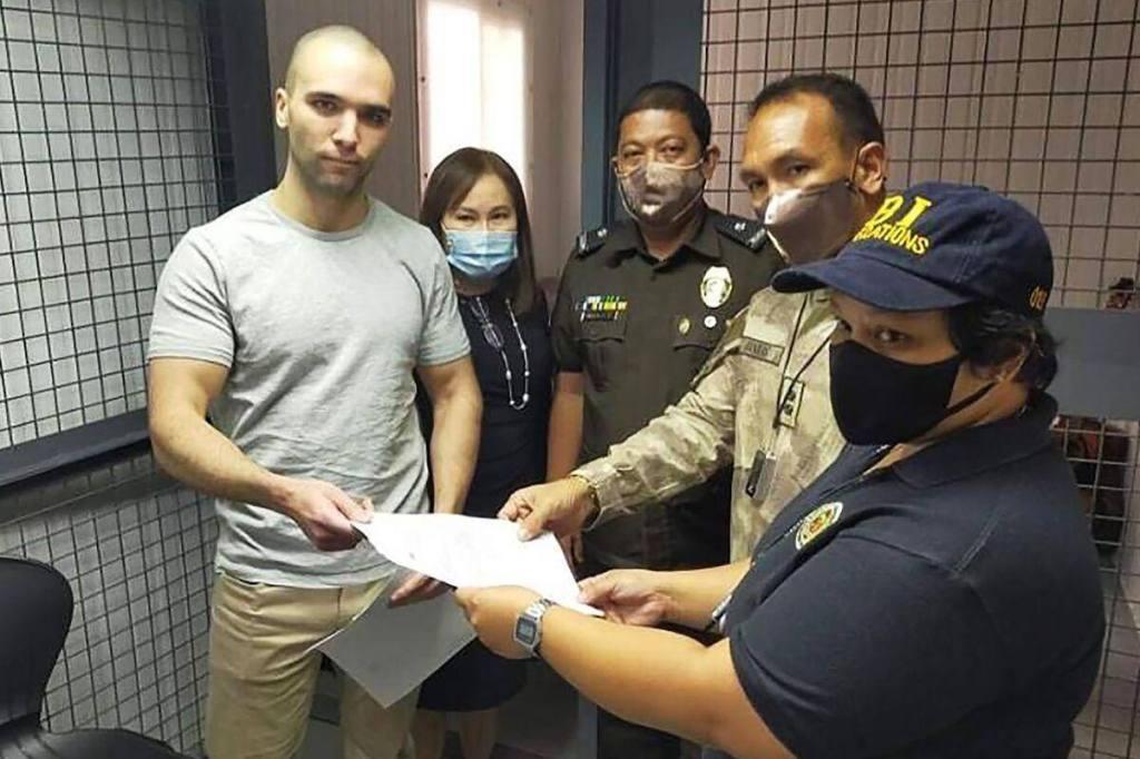 Les Philippines expulsent un Marine américain gracié pour le meurtre d'une transgenre