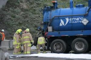 [PHOTOS] Déversement de 3 à 4 tonnes de nitrate d'ammonium à Sainte-Foy