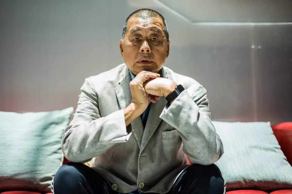 Hong Kong: Le magnat prodémocratie Jimmy Lai arrêté, ses journaux perquisitionnés