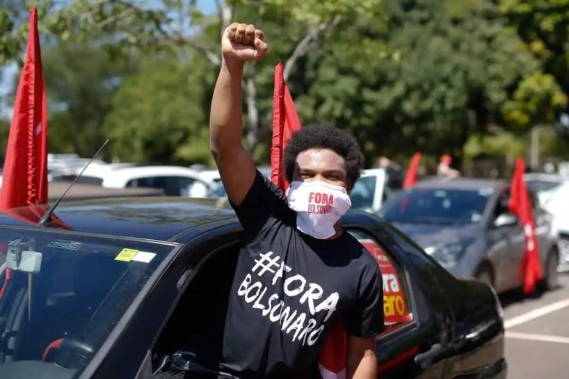 Brésil: des milliers de manifestants contre la gestion de la pandémie par Bolsonaro