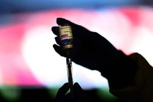 AstraZeneca: Québec fait marche arrière sur le vaccin à prioriser en deuxième dose