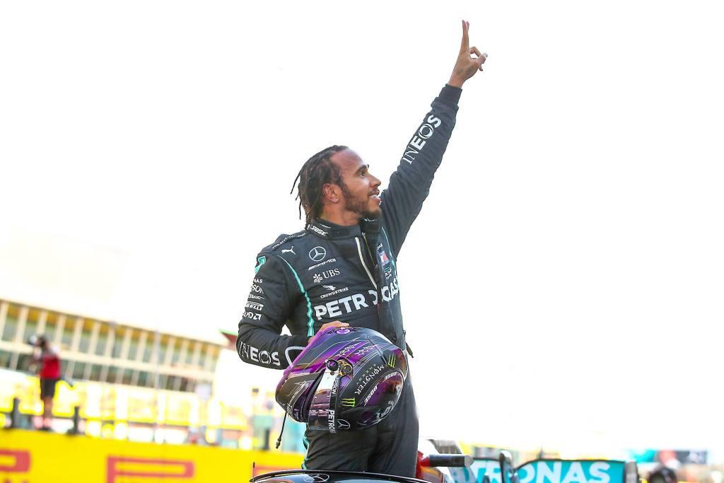 Lewis Hamilton à une victoire d'égaler le record de Schumacher