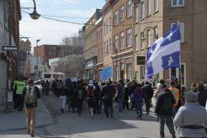 [PHOTOS] Mesures sanitaires: encore une manifestation anti-masque à Québec