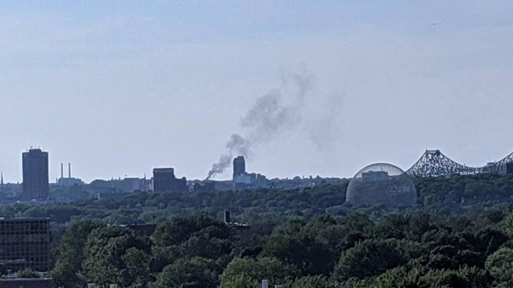 Montréal: incendie dans un immeuble résidentiel de Rosemont