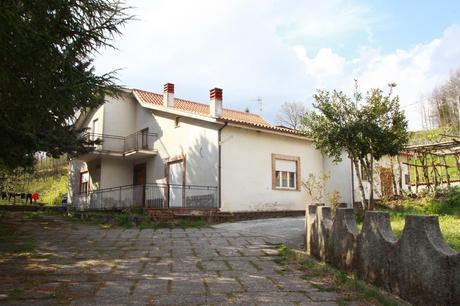 Vendesi villa a Cogliandrino di Lauria  Paperblog