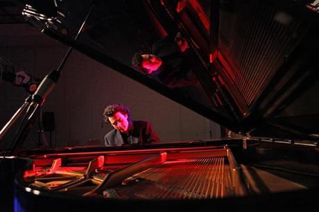 Riccardo Vecellio Segate al pianoforte 2012