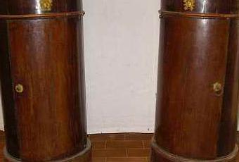 Il comodino Impero a tamburo a colonna o a vaso  Paperblog
