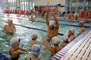 Nuoto Massimiliano Rosolino istruttore deccezione allHappy Meal Sport Camp  Paperblog