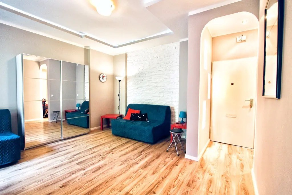 Moblierte 1-Zimmer-Wohnung mit Balkon - Wohnung kaufen in Berlin