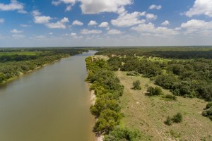 28.6 Acre Coleto Lake Property