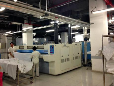 shoes for kitchen workers designer kitchens nz behind the curtains on china's 5-star stage: hotel ...