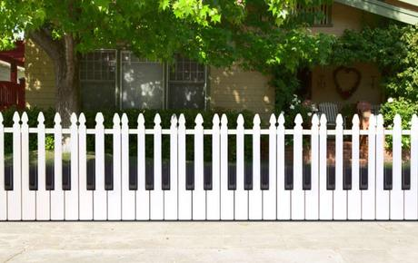 25 Ideas For Decorating Your Garden Fence DIY Paperblog