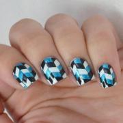 herringbone nail art with cg