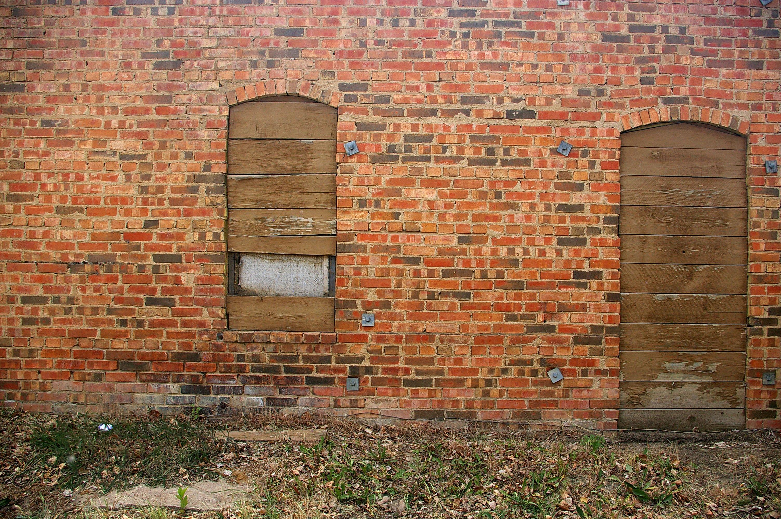 Old Wall  Mikes Look at Life