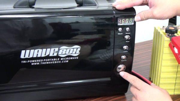 「 WAVEBOX 」 ポータブル電子レンジ!屋外でも使える使えます。