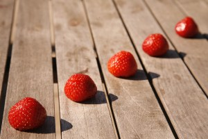 strawberries-706650_1920