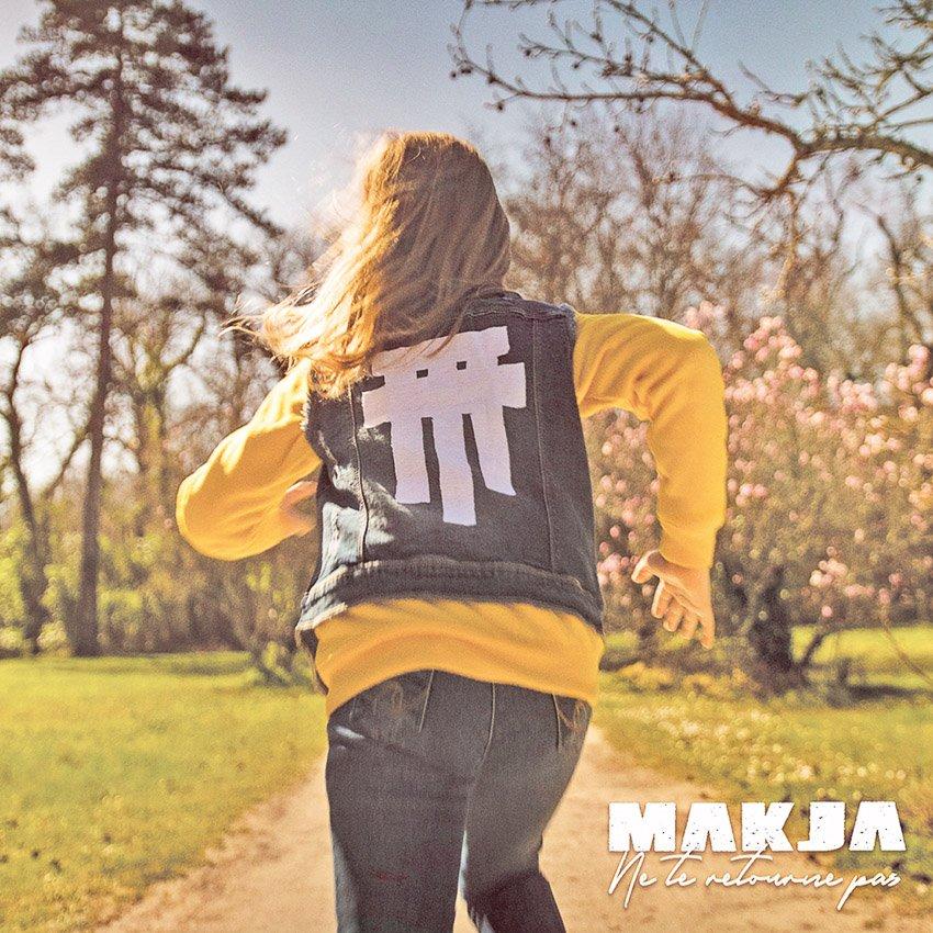 """Voici la cover de l'album """"Ne te retourne pas"""" de Makja"""