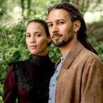 portrait du duo pop folk tahitien Vaiteani