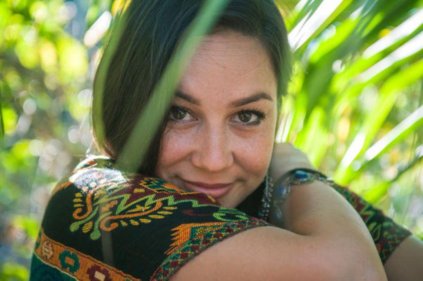 portrait de l'artiste internationale de Reggae Sara Lugo