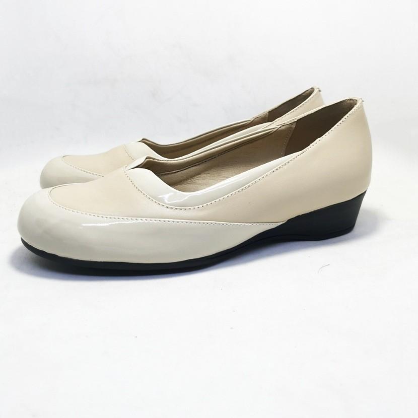 chaussure dingo beige pour femme