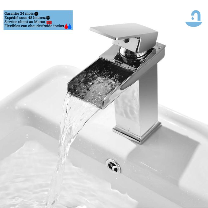 robinet mitigeur de salle de bain cascade design et moderne