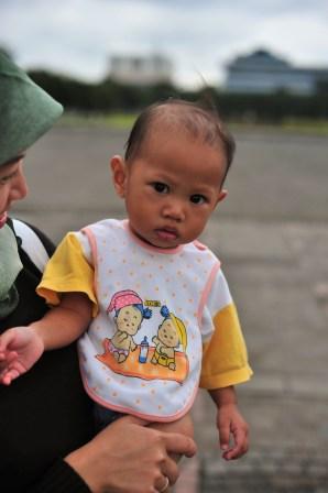 Caca Tenriola, Elok Dewi Astuti