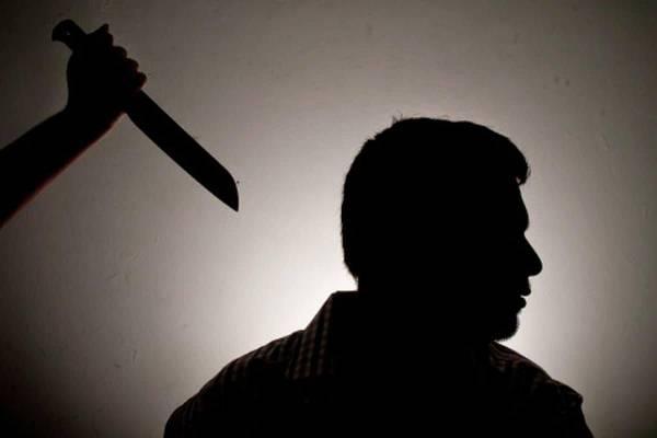 استخدام السكين في المنام