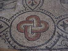 220px-Aquileia,_Basilica._Foto_Giovanni_Dall'Orto4