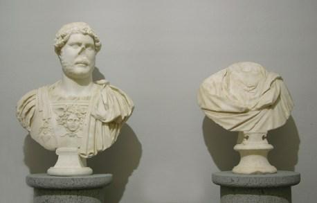 Busto di Adriano e busto femminile, loc. Serrata Martini Castiglione della Pescaia, II sec. d. C.