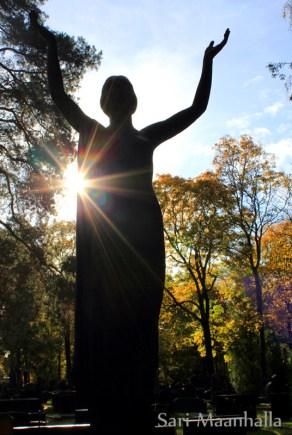 Vapauden patsas Sari Maanhalla